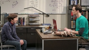 The Big Bang Theory 07x17 : The Friendship Turbulance- Seriesaddict